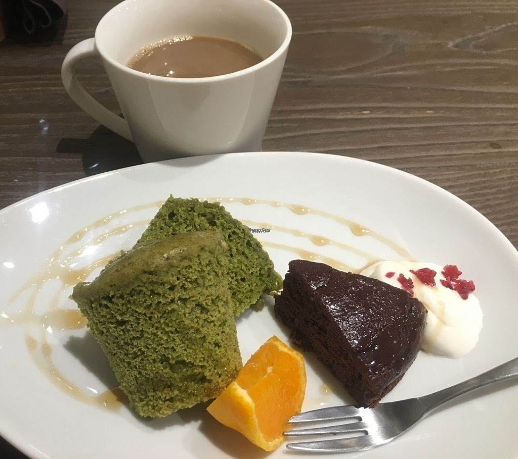 "Photo of Evah Dining Macrobiotic - Hakata Riverain Mall  by <a href=""/members/profile/KyleMacyHall"">KyleMacyHall</a> <br/>Dessert plate <br/> August 1, 2016  - <a href='/contact/abuse/image/73777/164020'>Report</a>"