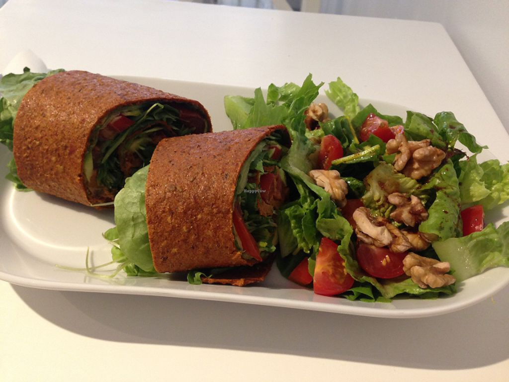 """Photo of Raw n More   by <a href=""""/members/profile/AnnikaPoij%C3%A4rvi"""">AnnikaPoijärvi</a> <br/>raw wrap lunch <br/> May 18, 2017  - <a href='/contact/abuse/image/73786/259769'>Report</a>"""