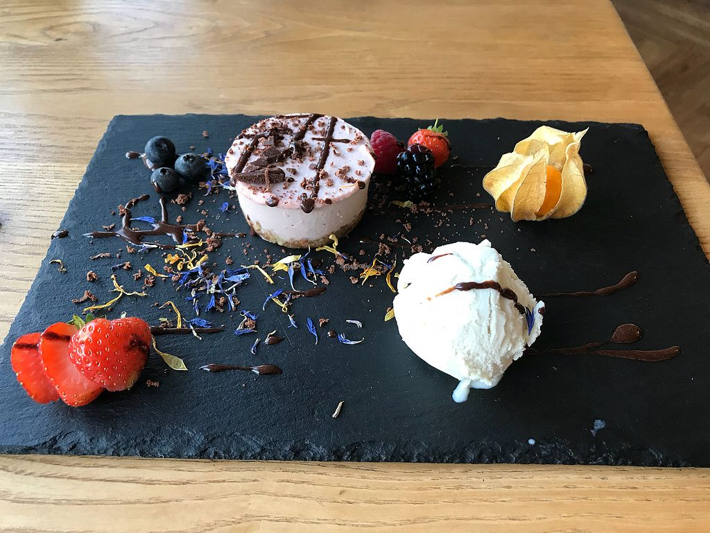 """Photo of Earthlings  by <a href=""""/members/profile/VickiWanSlattery"""">VickiWanSlattery</a> <br/>Cheeseless cheesecake with booja booja dairy free ice cream <br/> November 8, 2017  - <a href='/contact/abuse/image/73798/323341'>Report</a>"""