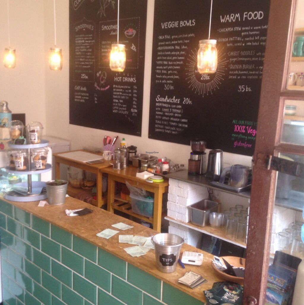 """Photo of Cafe Vida  by <a href=""""/members/profile/Adlerbaby"""">Adlerbaby</a> <br/> May 7, 2017  - <a href='/contact/abuse/image/73930/256710'>Report</a>"""