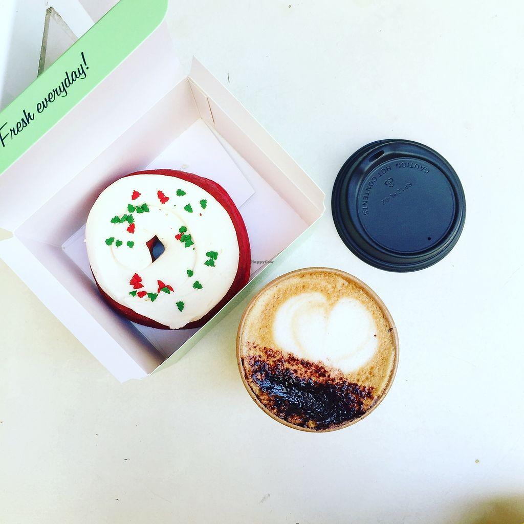 "Photo of CLOSED: Doughnut Time  by <a href=""/members/profile/AnastaciaJanowska"">AnastaciaJanowska</a> <br/>jolly donut <br/> April 5, 2018  - <a href='/contact/abuse/image/73938/381136'>Report</a>"