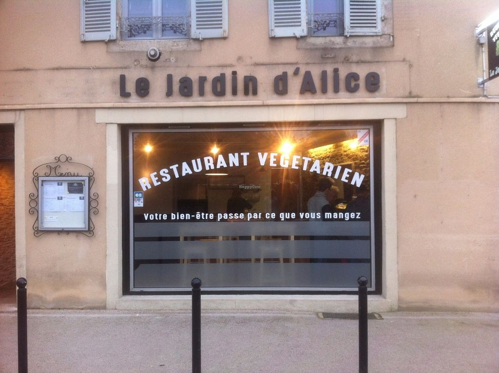 "Photo of Le Jardin d'Alice  by <a href=""/members/profile/blempen"">blempen</a> <br/>Front of the restaurant <br/> May 29, 2016  - <a href='/contact/abuse/image/74067/151314'>Report</a>"