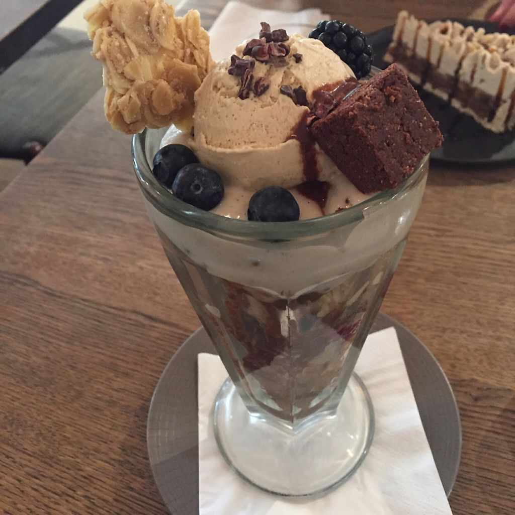 """Photo of Farmacy  by <a href=""""/members/profile/Bea_lc"""">Bea_lc</a> <br/>vegan brownie parfait with ice cream  <br/> May 9, 2017  - <a href='/contact/abuse/image/74162/257340'>Report</a>"""