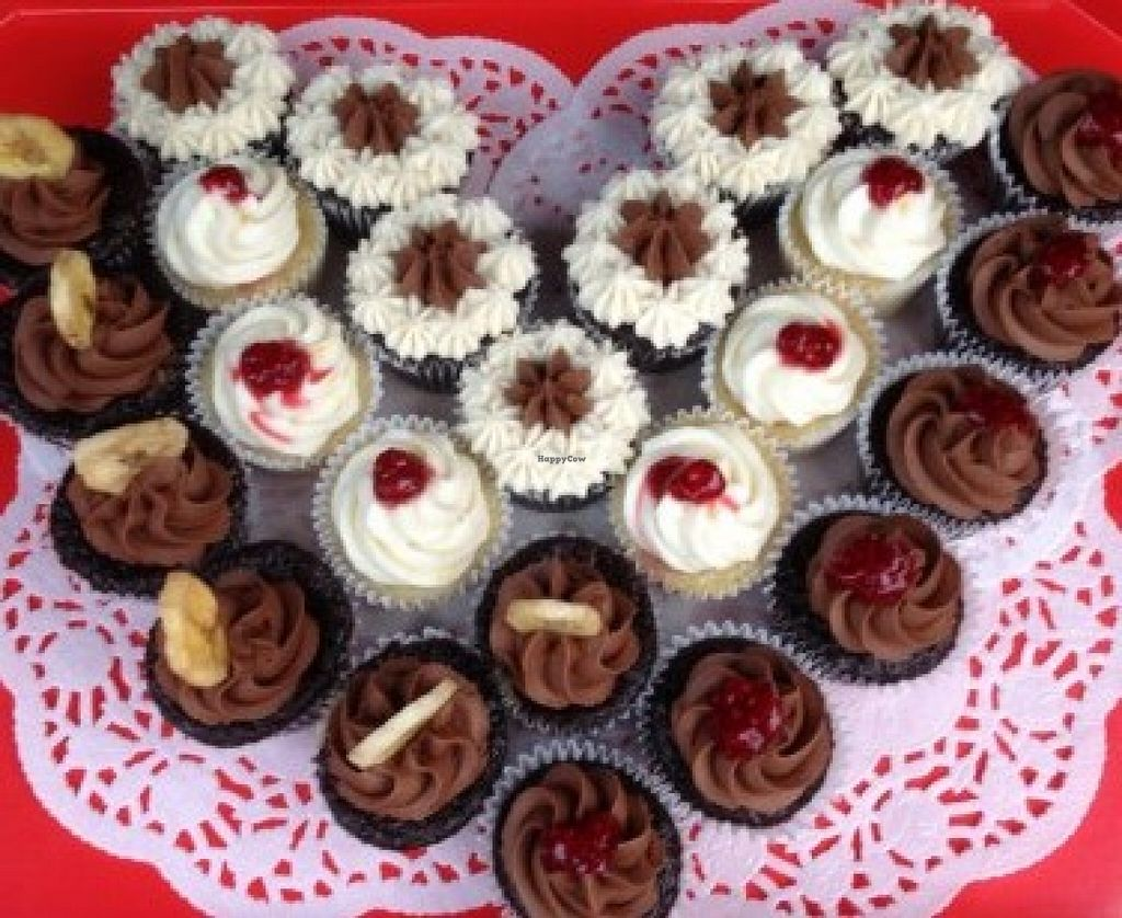 "Photo of My Cupcake Corner  by <a href=""/members/profile/community"">community</a> <br/>vegan cupcakes  <br/> June 13, 2016  - <a href='/contact/abuse/image/74181/153741'>Report</a>"