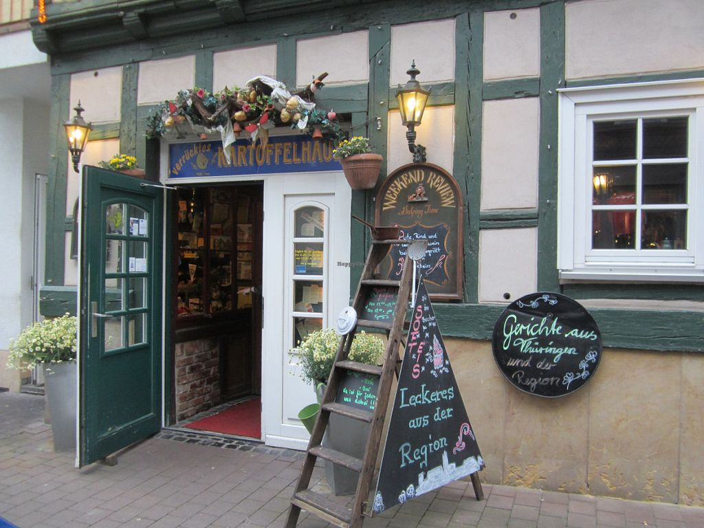 """Photo of Kartoffelhaus  by <a href=""""/members/profile/saju.be%40gmx.de"""">saju.be@gmx.de</a> <br/>Kartoffelhaus in Eisenach <br/> June 1, 2016  - <a href='/contact/abuse/image/74186/151718'>Report</a>"""