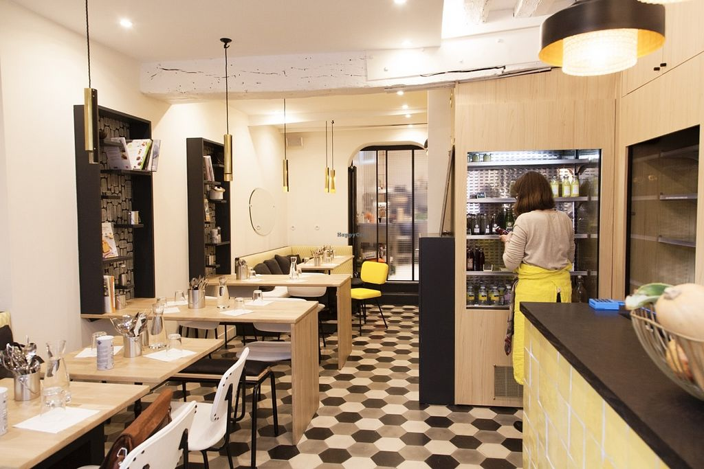 """Photo of Health Inside  by <a href=""""/members/profile/HealthInside"""">HealthInside</a> <br/>New place with 20 seats and take away food and cold pressed juices <br/> May 30, 2016  - <a href='/contact/abuse/image/74243/151387'>Report</a>"""