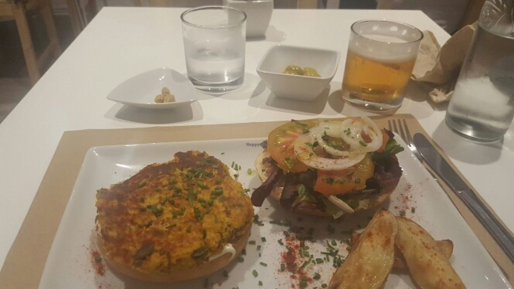 """Photo of Nomit  by <a href=""""/members/profile/Vegansasta"""">Vegansasta</a> <br/>Delicious burger  <br/> June 3, 2016  - <a href='/contact/abuse/image/74396/152065'>Report</a>"""