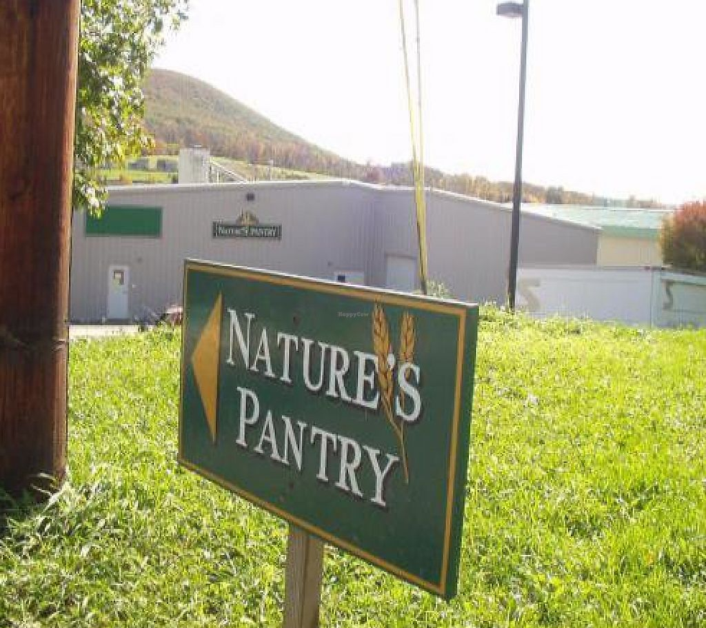 "Photo of Nature's Pantry  by <a href=""/members/profile/PennsyltuckyVeggie"">PennsyltuckyVeggie</a> <br/>Entrance from Commercial Blvd <br/> October 18, 2011  - <a href='/contact/abuse/image/7451/192134'>Report</a>"