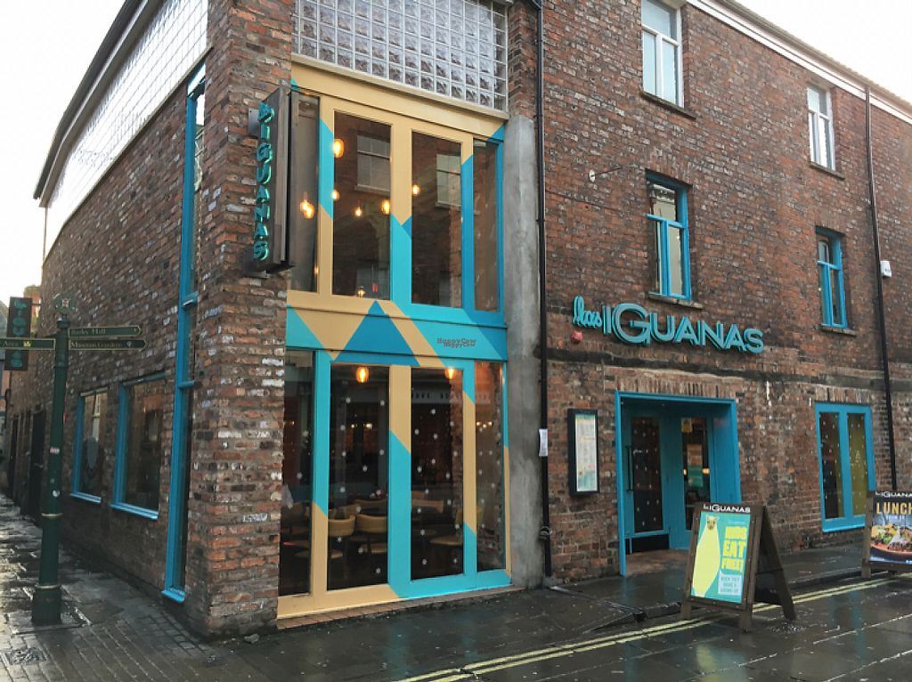 """Photo of Las Iguanas  by <a href=""""/members/profile/hack_man"""">hack_man</a> <br/>outside  <br/> December 24, 2016  - <a href='/contact/abuse/image/74551/204475'>Report</a>"""