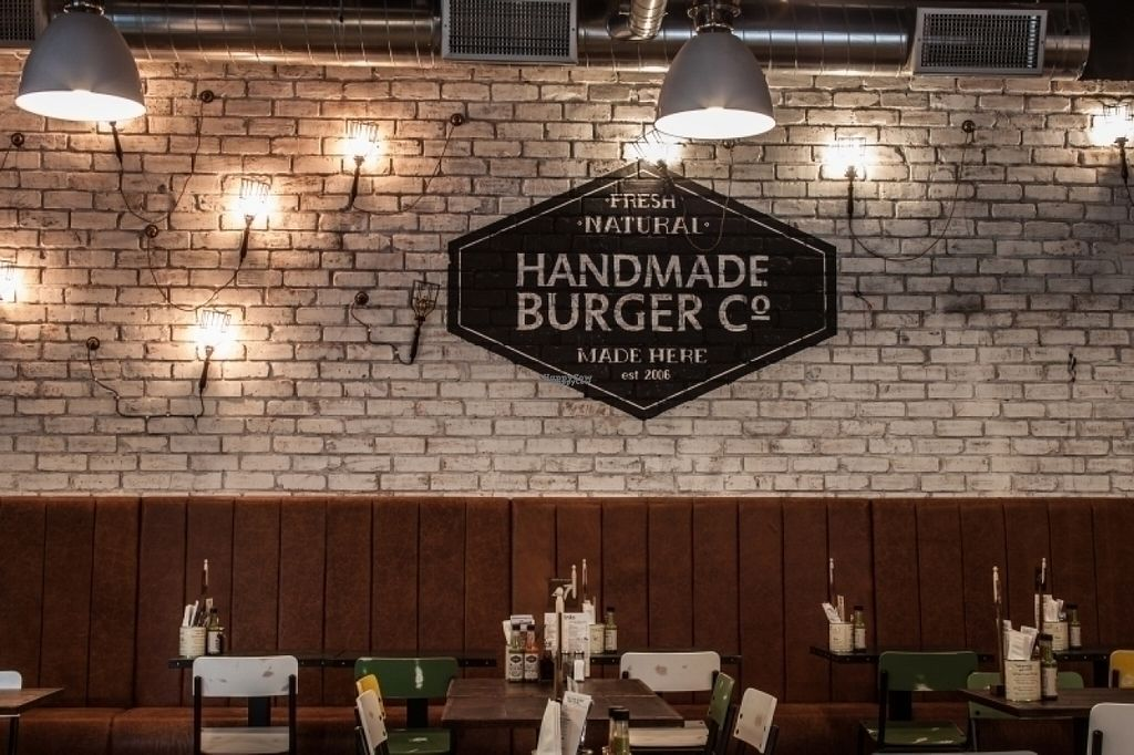 """Photo of CLOSED: Handmade Burger Company  by <a href=""""/members/profile/Meaks"""">Meaks</a> <br/>Handmade Burger Company <br/> August 8, 2016  - <a href='/contact/abuse/image/74552/166890'>Report</a>"""