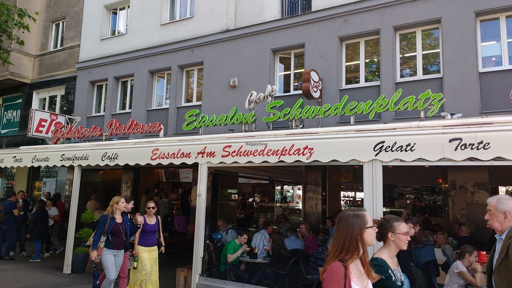 "Photo of Eissalon am Schwedenplatz  by <a href=""/members/profile/viennagirl"">viennagirl</a> <br/>Really great vegan ice cream! <br/> June 5, 2016  - <a href='/contact/abuse/image/74567/152345'>Report</a>"