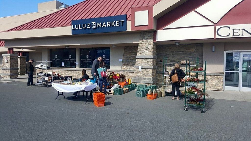 """Photo of Luluz Market  by <a href=""""/members/profile/community"""">community</a> <br/>Luluz Market <br/> June 3, 2016  - <a href='/contact/abuse/image/74588/152187'>Report</a>"""