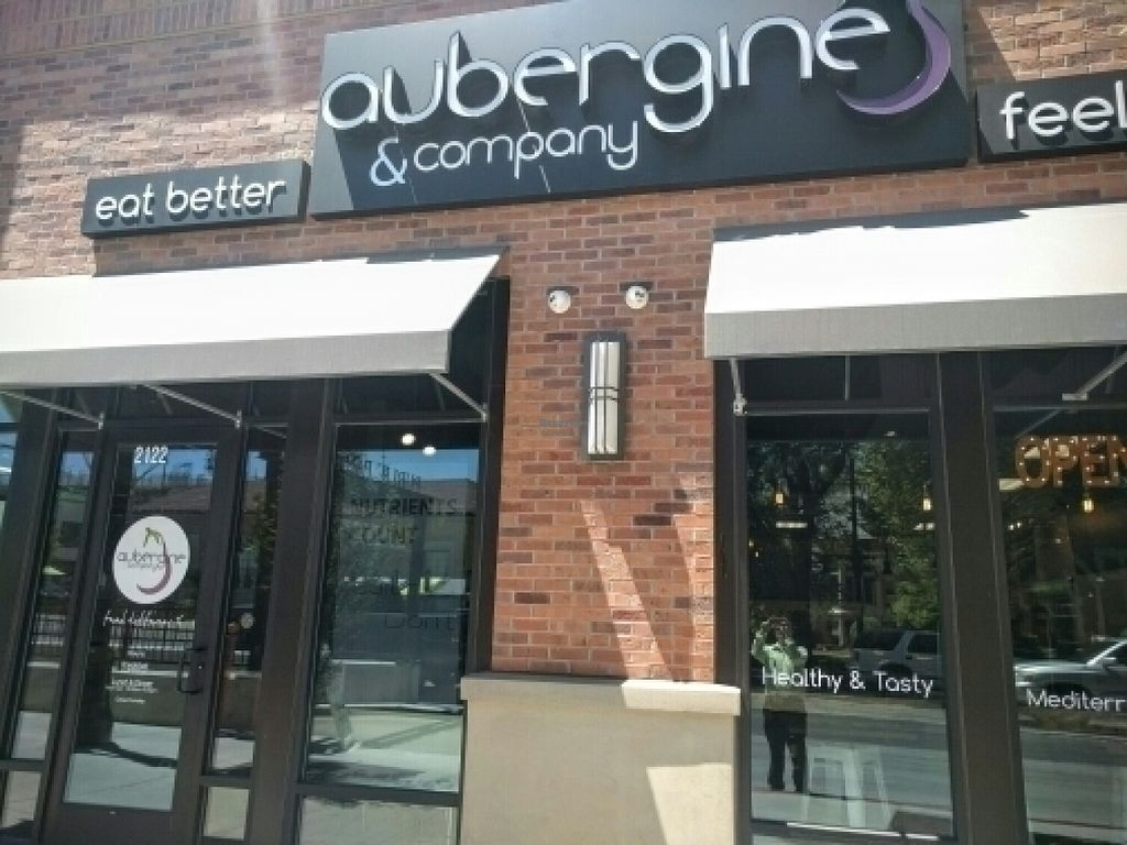Photo of Aubergine & Company  by Navegante <br/>Exterior, July 2016 <br/> July 14, 2016  - <a href='/contact/abuse/image/74621/159865'>Report</a>