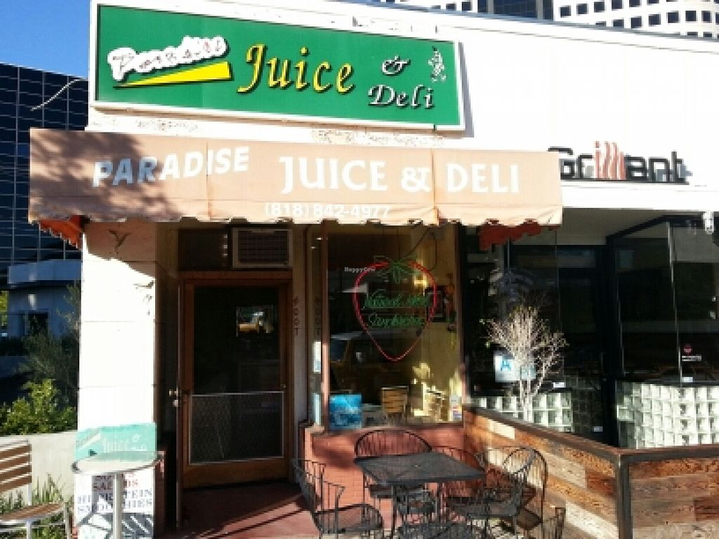"""Photo of Paradise Juice and Deli  by <a href=""""/members/profile/eric"""">eric</a> <br/>outside <br/> February 2, 2016  - <a href='/contact/abuse/image/7464/134736'>Report</a>"""