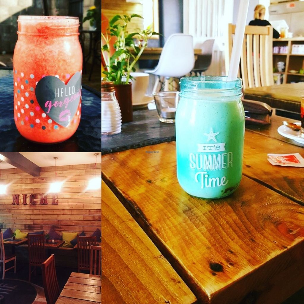 """Photo of The Niche  by <a href=""""/members/profile/Colinmalcher"""">Colinmalcher</a> <br/>Inside and some fresh fruit smoothies  <br/> June 16, 2016  - <a href='/contact/abuse/image/74676/154194'>Report</a>"""