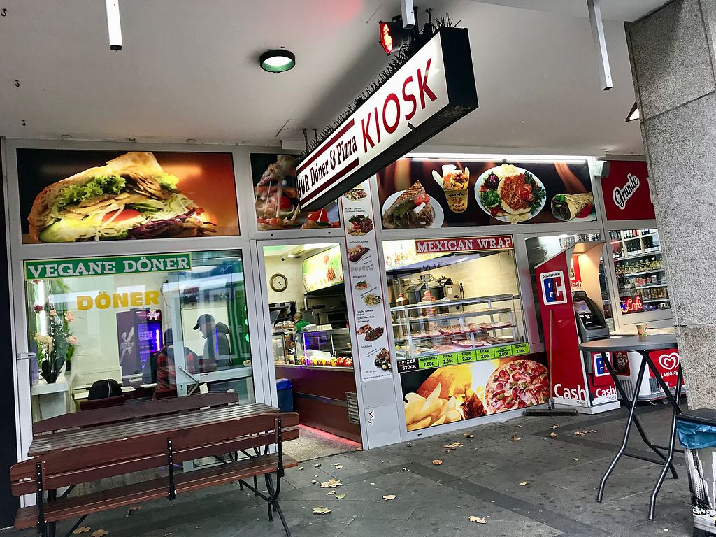 """Photo of Bahar Pizza & Döner  by <a href=""""/members/profile/marky_mark"""">marky_mark</a> <br/>outside <br/> October 28, 2017  - <a href='/contact/abuse/image/74701/319601'>Report</a>"""