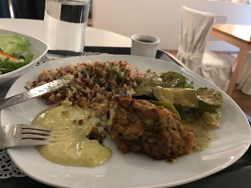 """Photo of Uli's Veganeria  by <a href=""""/members/profile/Dubi_Hubi"""">Dubi_Hubi</a> <br/>Yummy meal! <br/> December 5, 2016  - <a href='/contact/abuse/image/74750/197671'>Report</a>"""