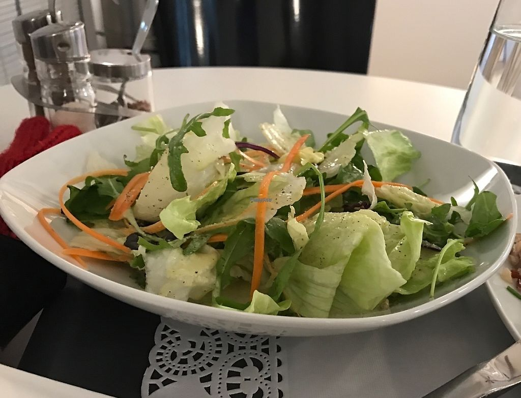 """Photo of Uli's Veganeria  by <a href=""""/members/profile/Dubi_Hubi"""">Dubi_Hubi</a> <br/>Salad <br/> December 5, 2016  - <a href='/contact/abuse/image/74750/197672'>Report</a>"""