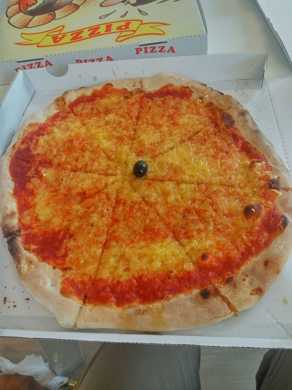 """Photo of Ai 6 Angoli  by <a href=""""/members/profile/victord"""">victord</a> <br/>vegan pizza <br/> January 14, 2018  - <a href='/contact/abuse/image/74783/346460'>Report</a>"""