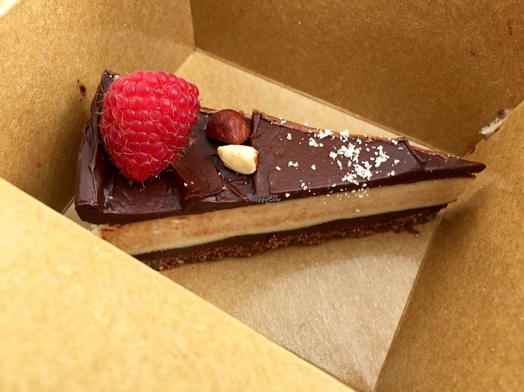 """Photo of Cashew Vegan Kitchen  by <a href=""""/members/profile/NoemiSpatola"""">NoemiSpatola</a> <br/>Raw Nutella cake.. delicious!  <br/> August 30, 2016  - <a href='/contact/abuse/image/74824/172370'>Report</a>"""