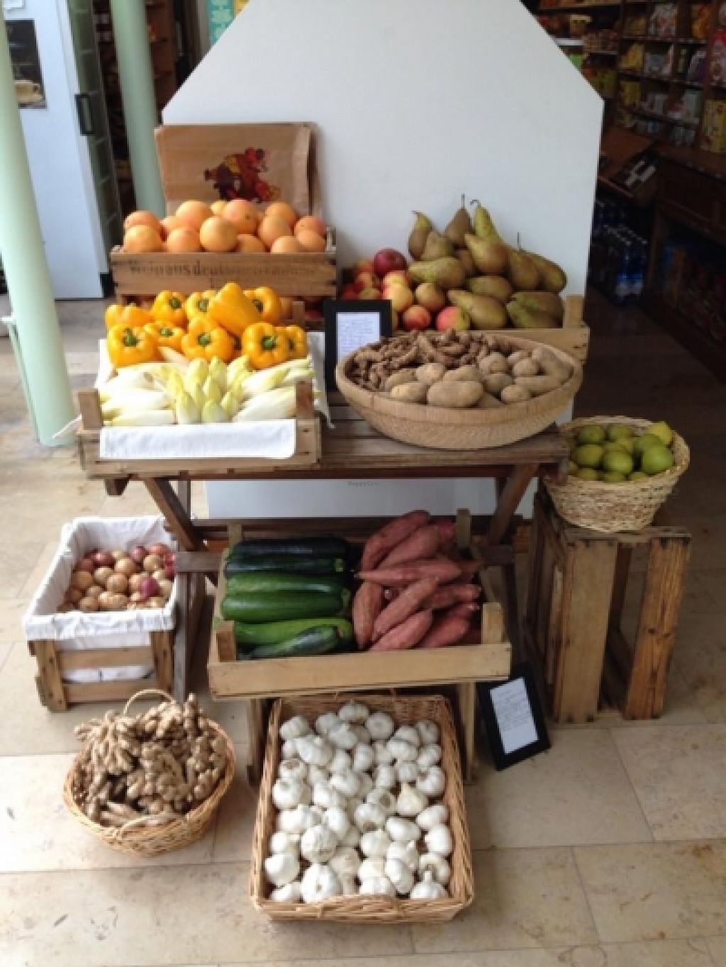 """Photo of CLOSED: Happy Food Store  by <a href=""""/members/profile/KrisRussel"""">KrisRussel</a> <br/>a few fruits and vegs <br/> June 12, 2016  - <a href='/contact/abuse/image/74830/153617'>Report</a>"""