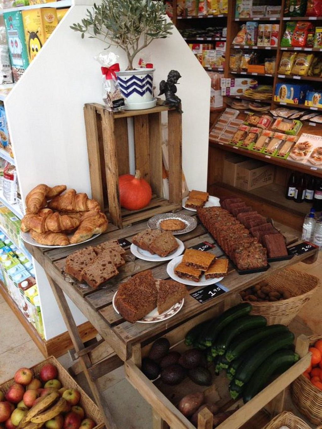 """Photo of CLOSED: Happy Food Store  by <a href=""""/members/profile/KrisRussel"""">KrisRussel</a> <br/>some nice treats to buy <br/> June 12, 2016  - <a href='/contact/abuse/image/74830/153618'>Report</a>"""