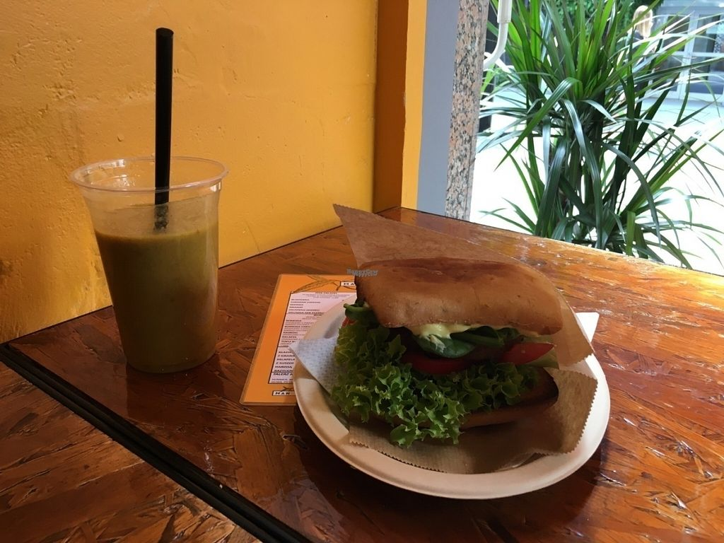 "Photo of Mango Vegan Street Food - Zlota  by <a href=""/members/profile/Lisia_Kita"">Lisia_Kita</a> <br/>Komosa burger <br/> August 9, 2016  - <a href='/contact/abuse/image/74990/167194'>Report</a>"