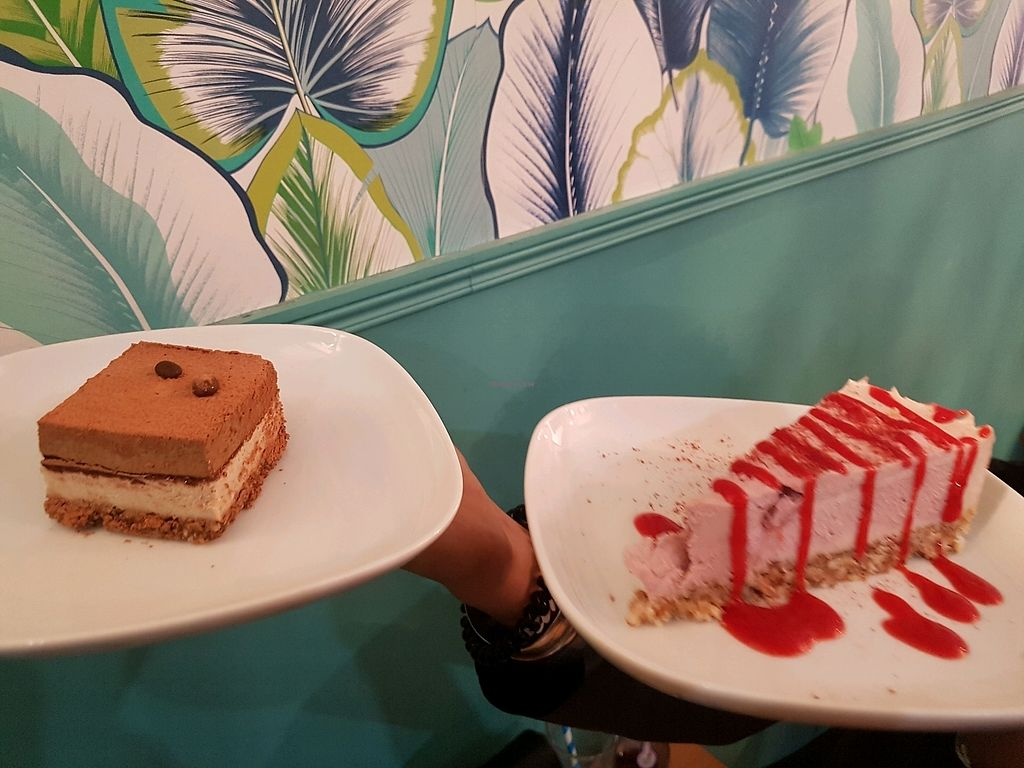 """Photo of KOKO Green  by <a href=""""/members/profile/CynthiaAlexandraMor"""">CynthiaAlexandraMor</a> <br/>tiramisu et cheese cake framboise  <br/> April 11, 2018  - <a href='/contact/abuse/image/75042/384148'>Report</a>"""