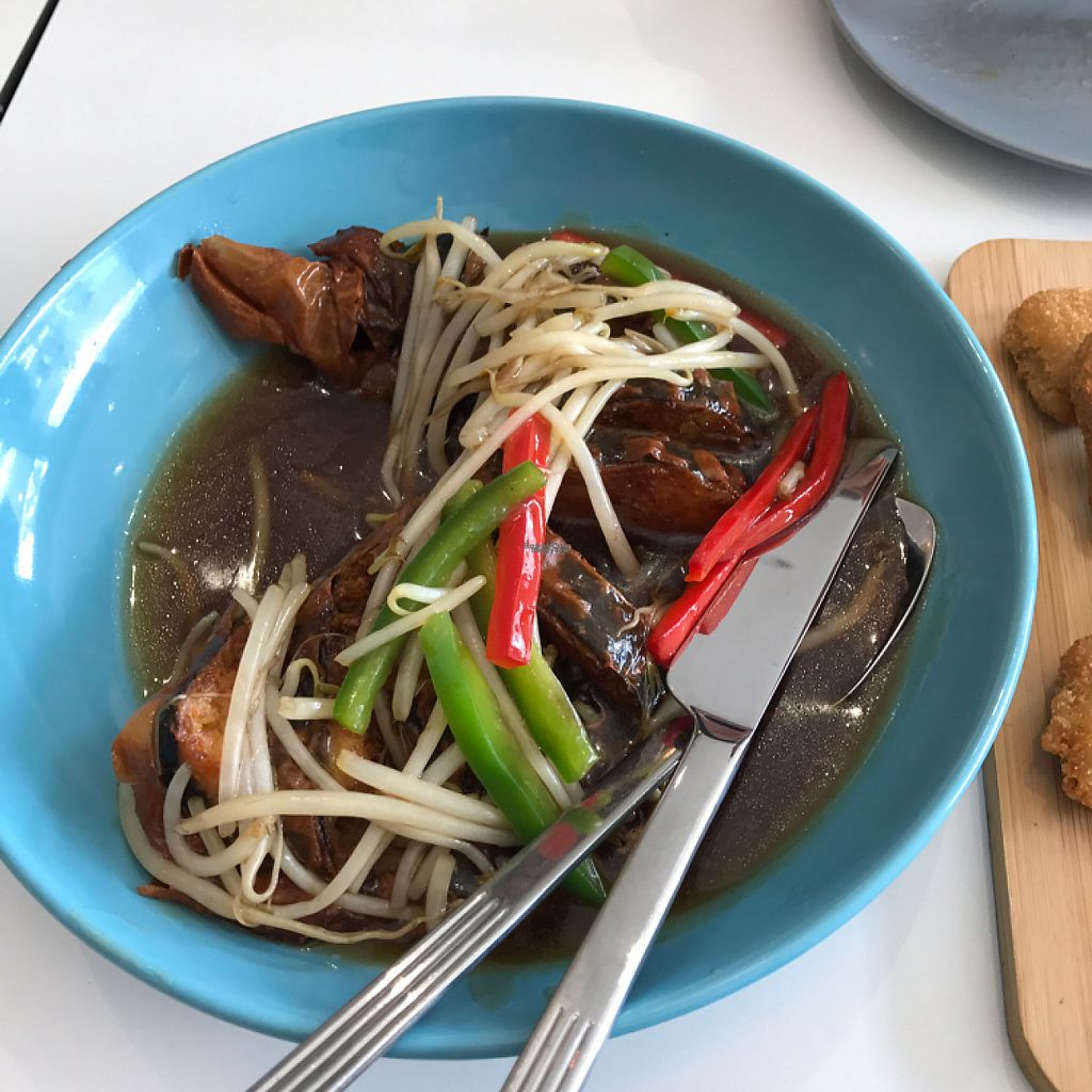 """Photo of Superoll  by <a href=""""/members/profile/WeiShen"""">WeiShen</a> <br/>granny's favorite fish fish ( deep fried in sauce. amazing) <br/> January 26, 2017  - <a href='/contact/abuse/image/75054/216982'>Report</a>"""