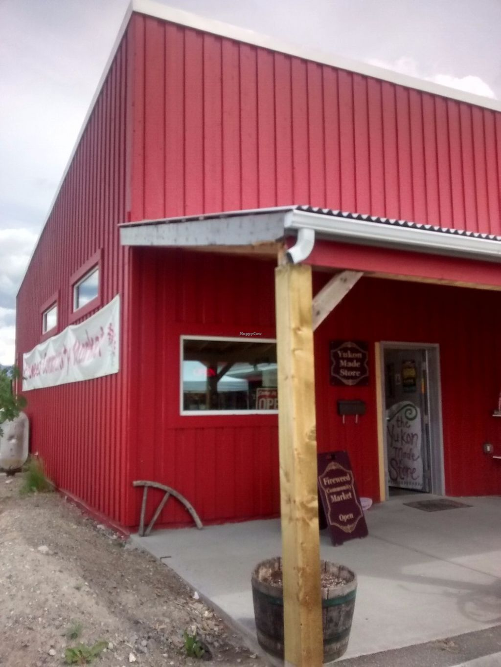 "Photo of Fireweed Community Market   by <a href=""/members/profile/QuothTheRaven"">QuothTheRaven</a> <br/>Market by Farmer Roberts  <br/> June 24, 2016  - <a href='/contact/abuse/image/75106/155808'>Report</a>"