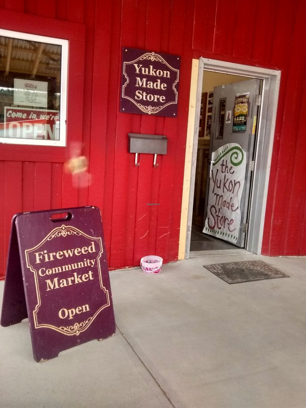 "Photo of Fireweed Community Market   by <a href=""/members/profile/QuothTheRaven"">QuothTheRaven</a> <br/>Market store by Farmer Roberts  <br/> June 24, 2016  - <a href='/contact/abuse/image/75106/155809'>Report</a>"