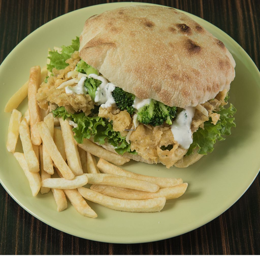 "Photo of CLOSED: Greengo  by <a href=""/members/profile/mixon"">mixon</a> <br/>Bukowski burger - vegetarian oyster mushroom burger <br/> June 15, 2016  - <a href='/contact/abuse/image/75112/153987'>Report</a>"