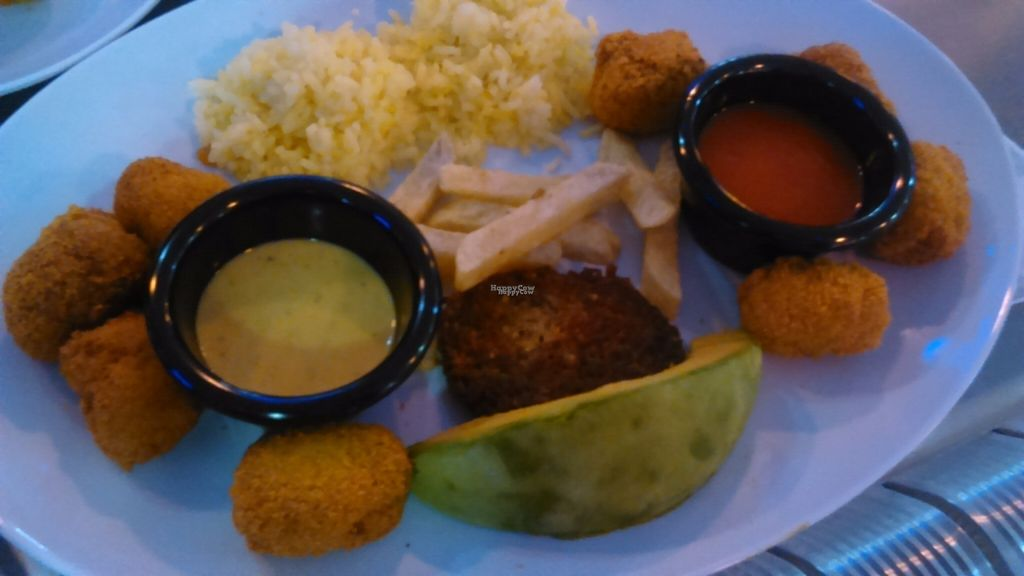 """Photo of CLOSED: Los Robots  by <a href=""""/members/profile/VeGaelle%3A%29"""">VeGaelle:)</a> <br/>Vegan Nuggets with Yummy Rice and avocado <br/> August 20, 2016  - <a href='/contact/abuse/image/75123/170167'>Report</a>"""