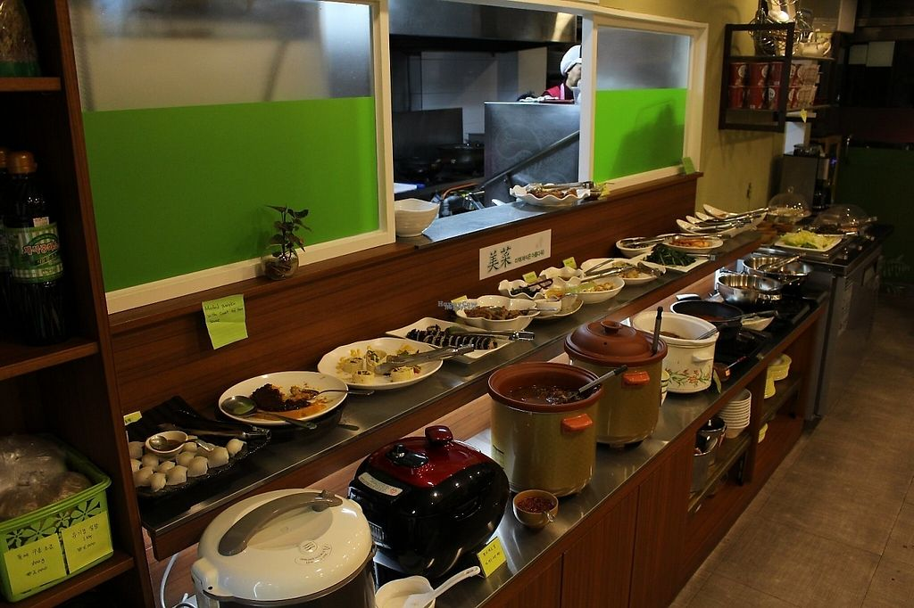 """Photo of Veg Green  by <a href=""""/members/profile/orangetip"""">orangetip</a> <br/>lots of good food!!! real good food!!! everything was so  delicious and I'm a very picky person but I wish I lived near by so I can go to this restaurant every single day! ^^ <br/> January 2, 2017  - <a href='/contact/abuse/image/75132/207199'>Report</a>"""