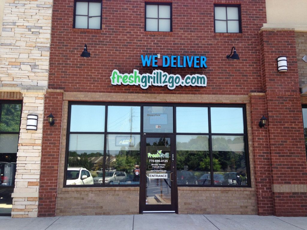 """Photo of Fresh Grill  by <a href=""""/members/profile/calamaestra"""">calamaestra</a> <br/>outside <br/> June 17, 2016  - <a href='/contact/abuse/image/75216/154422'>Report</a>"""