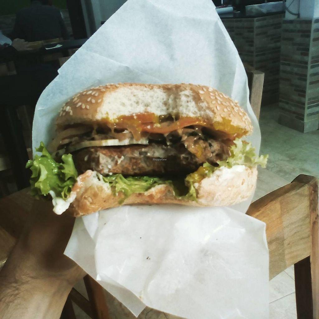 "Photo of Lu Cocina Vegana  by <a href=""/members/profile/durolio"">durolio</a> <br/>My mushroom burger <br/> January 21, 2018  - <a href='/contact/abuse/image/75217/349132'>Report</a>"