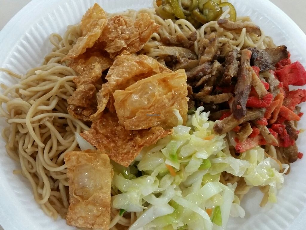 """Photo of Fo Yuan Miao Vegetarian  by <a href=""""/members/profile/JimmySeah"""">JimmySeah</a> <br/>noodles with mixed vegetables  <br/> June 19, 2016  - <a href='/contact/abuse/image/75339/154918'>Report</a>"""