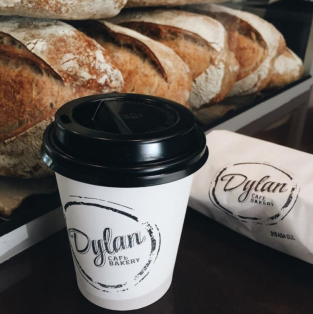 """Photo of Dylan Cafe and Bakery  by <a href=""""/members/profile/bfeitosa"""">bfeitosa</a> <br/>Dylan's coffee <br/> June 20, 2016  - <a href='/contact/abuse/image/75348/303104'>Report</a>"""