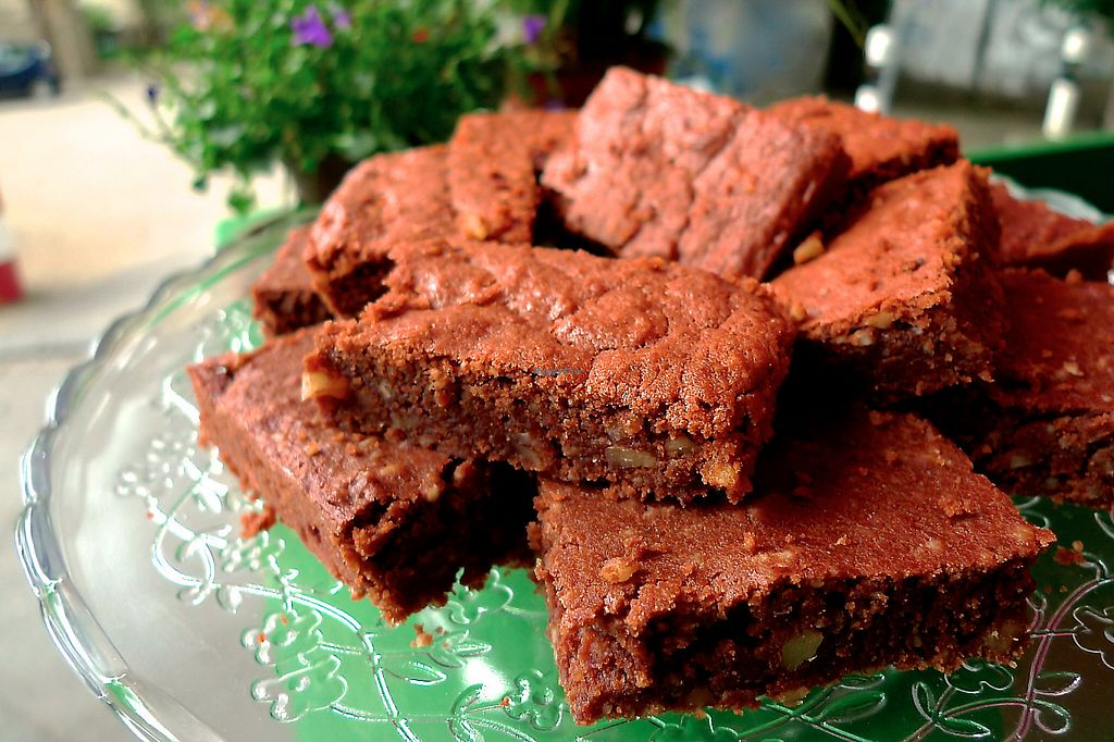 "Photo of Grüner Gaumen - Pop Up  by <a href=""/members/profile/sabi"">sabi</a> <br/>Vegan Brownies <br/> May 11, 2017  - <a href='/contact/abuse/image/75357/257928'>Report</a>"