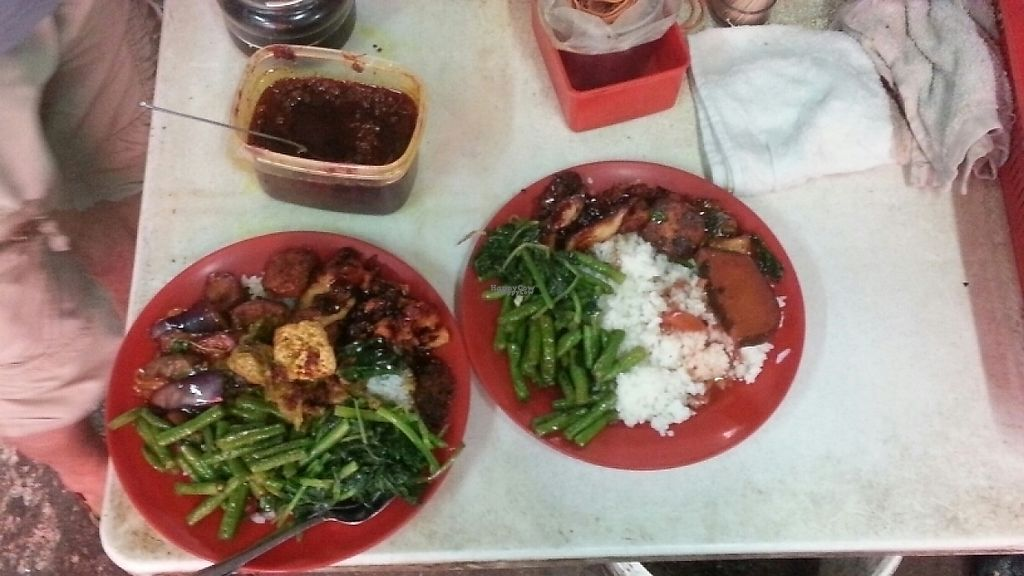 "Photo of Vegetarian Stall - Jalan Hang Lekiu  by <a href=""/members/profile/KarinS"">KarinS</a> <br/>2 plates for 16 MYR  <br/> December 28, 2016  - <a href='/contact/abuse/image/75489/205719'>Report</a>"