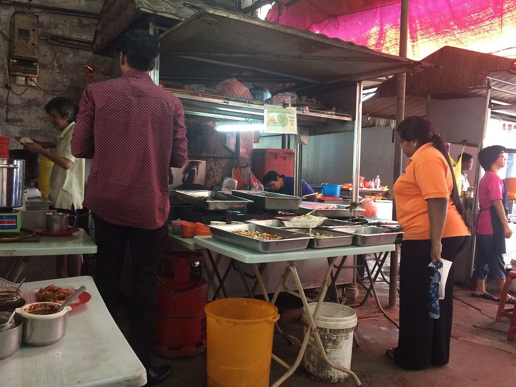 "Photo of Vegetarian Stall - Jalan Hang Lekiu  by <a href=""/members/profile/LaurenceMontreuil"">LaurenceMontreuil</a> <br/>veg stall on the alley <br/> March 1, 2018  - <a href='/contact/abuse/image/75489/365403'>Report</a>"