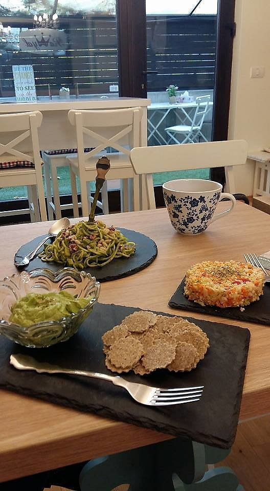 "Photo of Rawyal  by <a href=""/members/profile/ninaframbuesa"">ninaframbuesa</a> <br/>All the food we had: crackers with guacamole, vegetable ""rice,"" ""spaghetti."" <br/> June 26, 2017  - <a href='/contact/abuse/image/75494/273761'>Report</a>"
