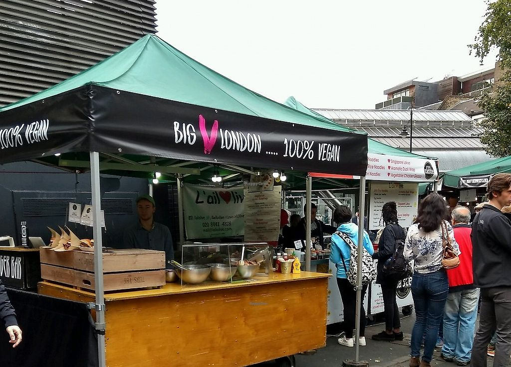 "Photo of Big V - Borough Market Food Stand  by <a href=""/members/profile/craigmc"">craigmc</a> <br/>stall <br/> October 17, 2017  - <a href='/contact/abuse/image/75620/325708'>Report</a>"