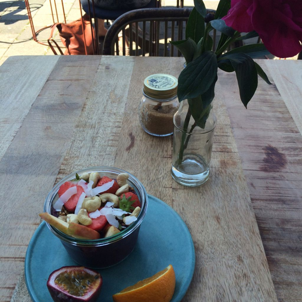"""Photo of The Meets  by <a href=""""/members/profile/MssSunshine"""">MssSunshine</a> <br/>acai bowl with plenty of fresh seasonal fruit <br/> June 26, 2016  - <a href='/contact/abuse/image/75636/156184'>Report</a>"""