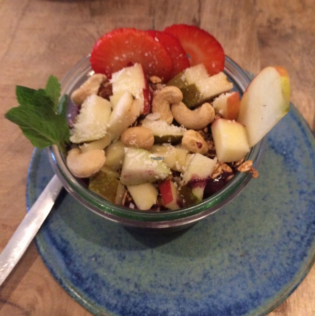 """Photo of The Meets  by <a href=""""/members/profile/small_trees"""">small_trees</a> <br/>acai breakfast bowl <br/> February 25, 2017  - <a href='/contact/abuse/image/75636/230355'>Report</a>"""