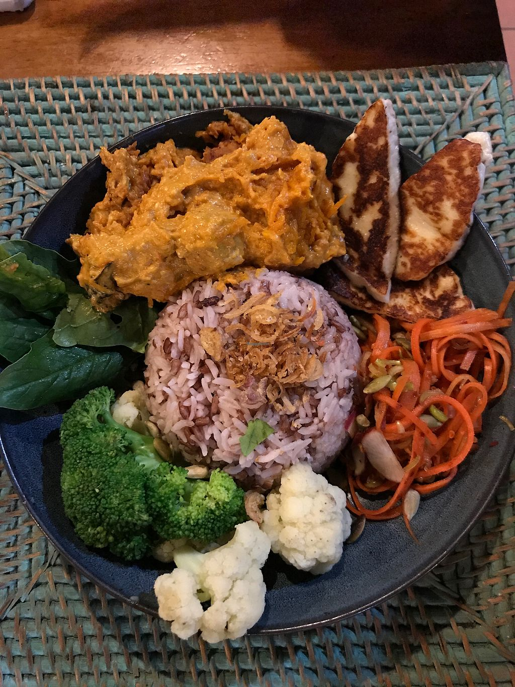 """Photo of The Cashew Tree  by <a href=""""/members/profile/LolaNachtigall"""">LolaNachtigall</a> <br/>Buddha Bowl <br/> November 18, 2017  - <a href='/contact/abuse/image/75644/326677'>Report</a>"""