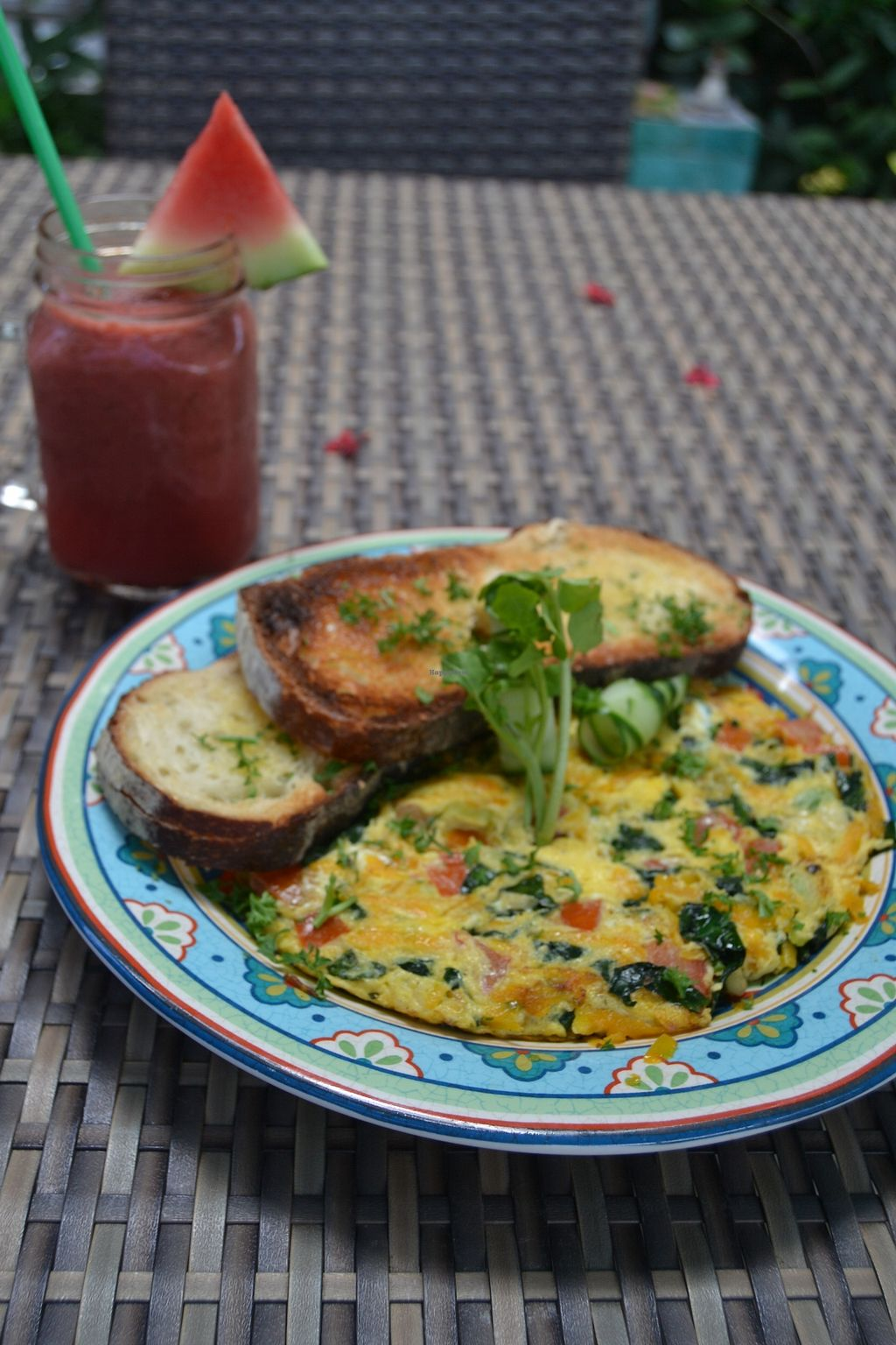 """Photo of The Cashew Tree  by <a href=""""/members/profile/germina_paola"""">germina_paola</a> <br/>Veggie Omelette <br/> December 23, 2017  - <a href='/contact/abuse/image/75644/338252'>Report</a>"""