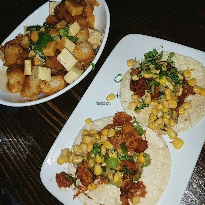 """Photo of CLOSED: L'Gros Luxe 100% Vege  by <a href=""""/members/profile/Veganchick11"""">Veganchick11</a> <br/>vegan poutine & Jackfruit tacos <br/> September 25, 2016  - <a href='/contact/abuse/image/75664/177941'>Report</a>"""