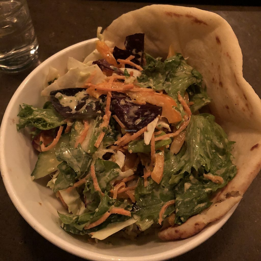 """Photo of CLOSED: L'Gros Luxe 100% Vege  by <a href=""""/members/profile/mcsnv"""">mcsnv</a> <br/>Bol """"poulet"""" au beurre <br/> December 30, 2017  - <a href='/contact/abuse/image/75664/340712'>Report</a>"""