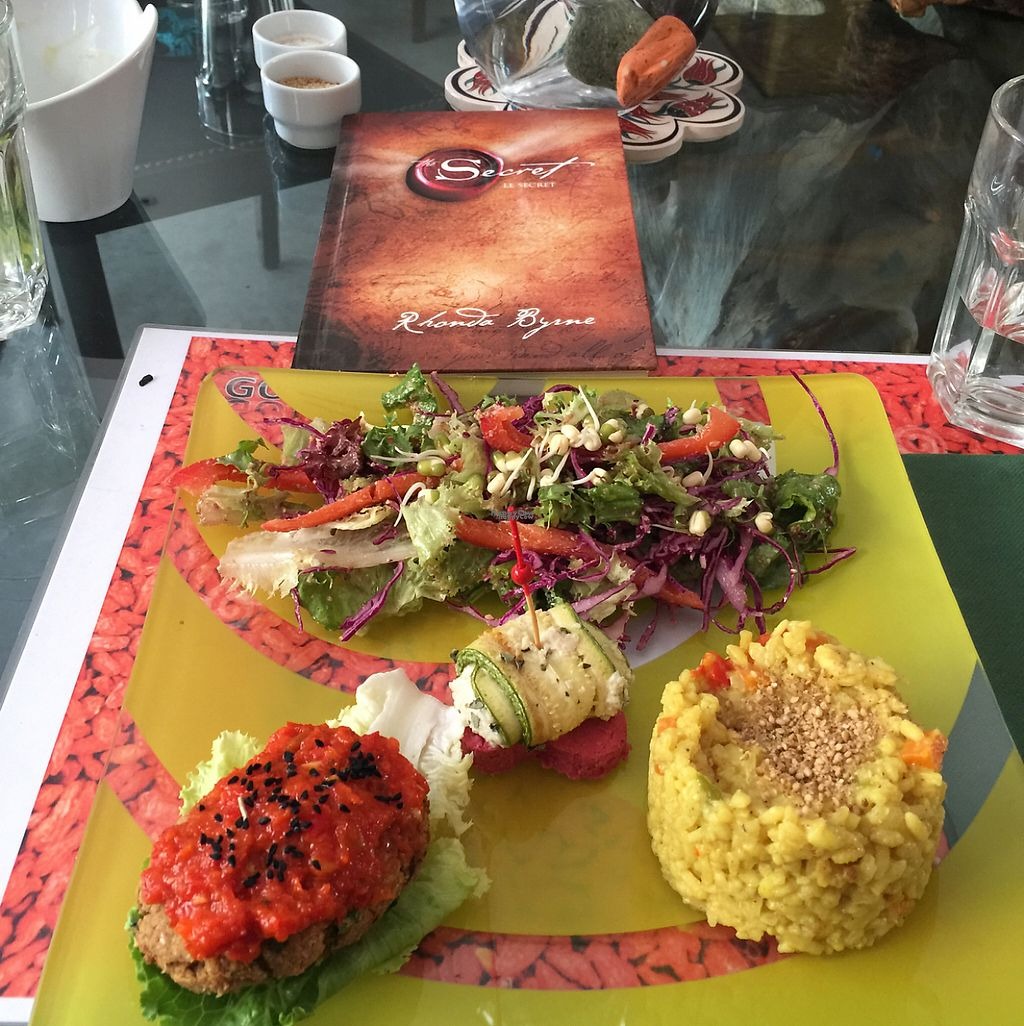 "Photo of Vegan Cafe  by <a href=""/members/profile/Marie-Lucile"">Marie-Lucile</a> <br/>assiette du jour :) <br/> April 15, 2017  - <a href='/contact/abuse/image/75704/248311'>Report</a>"